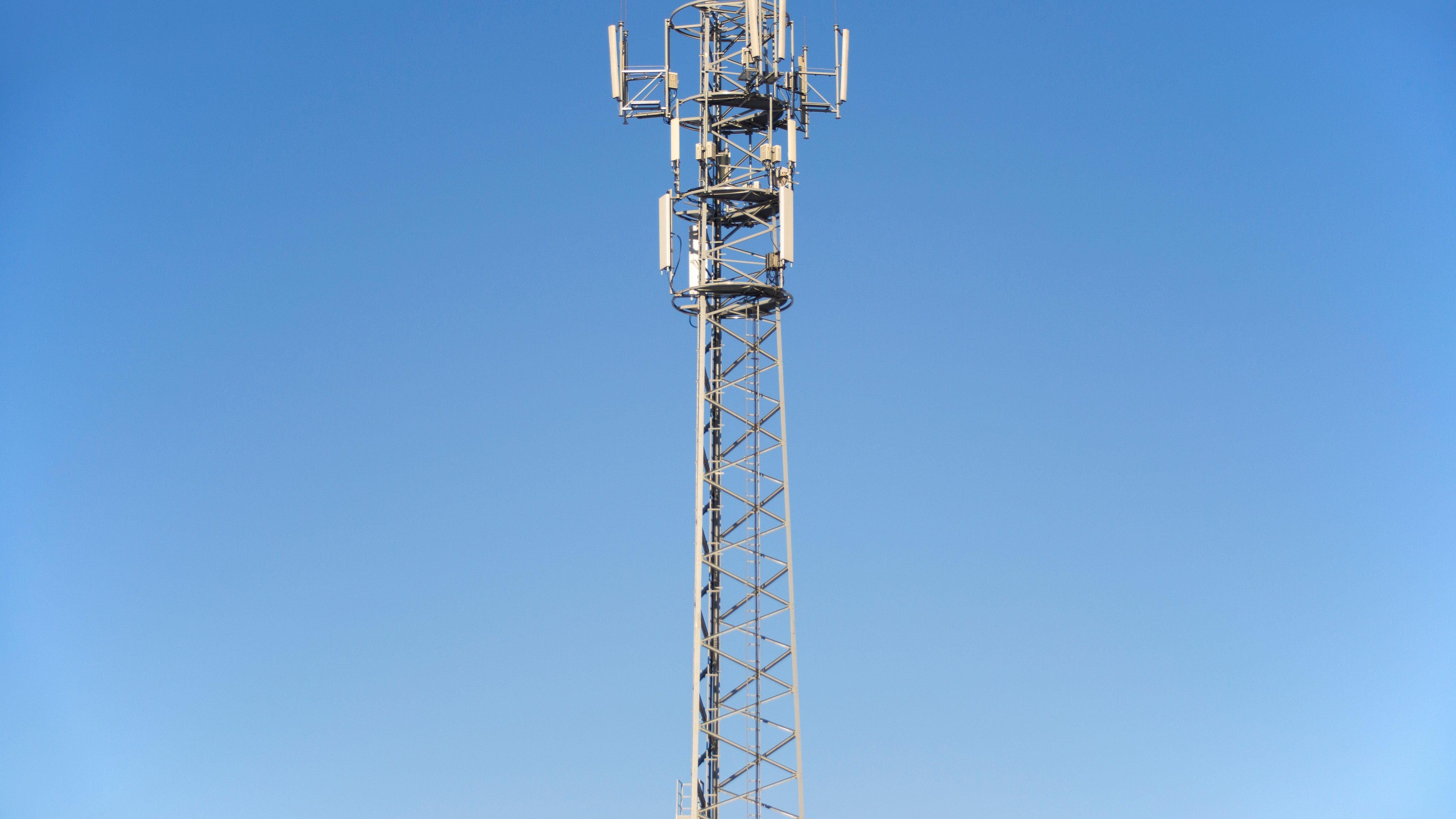antenna-blue-sky-cell-tower