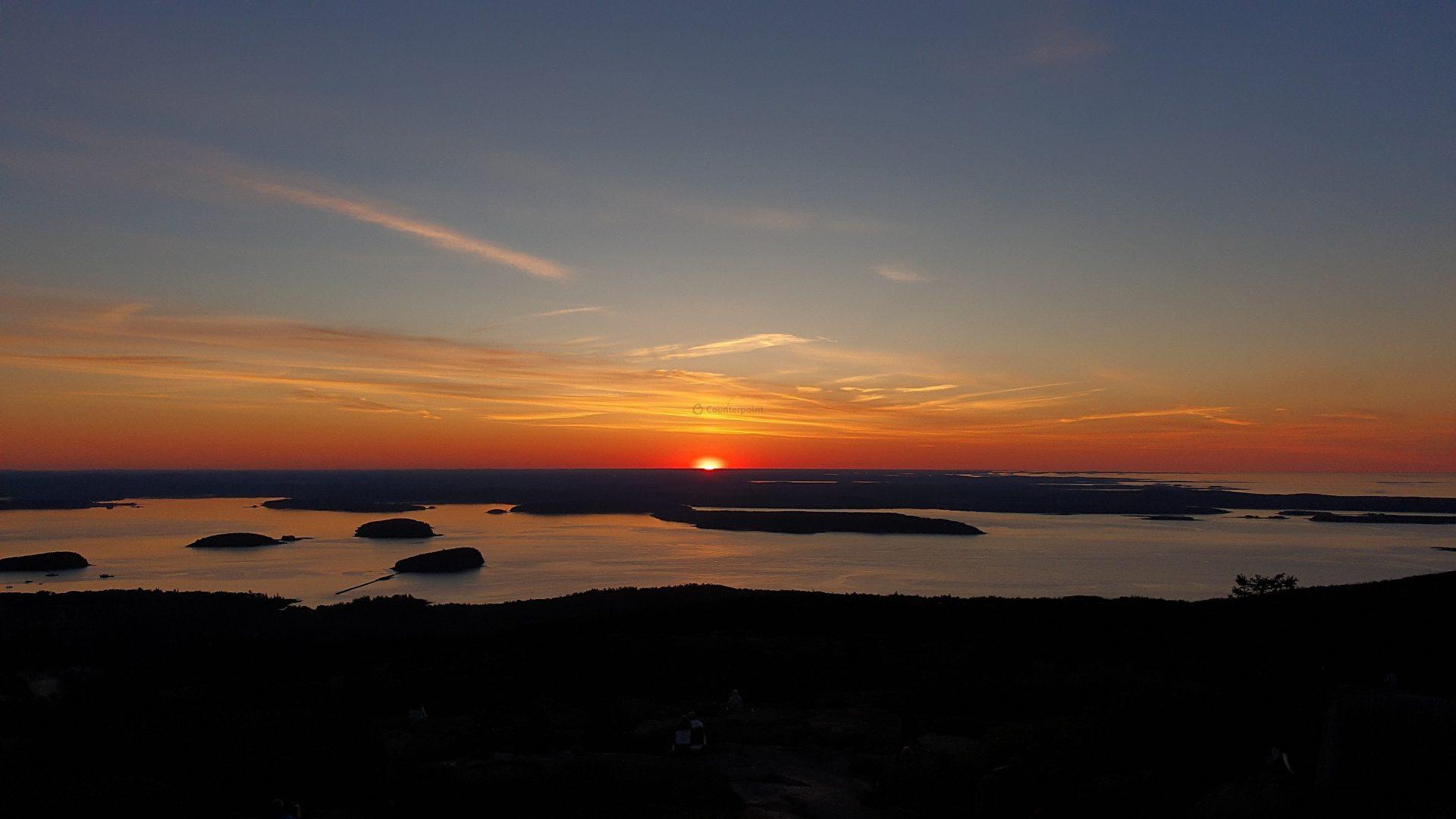 Sunrise Cadillac Mountain, Acadia Natl Park, Maine, USA - by Neil - Samsung Galaxy S10 Plus