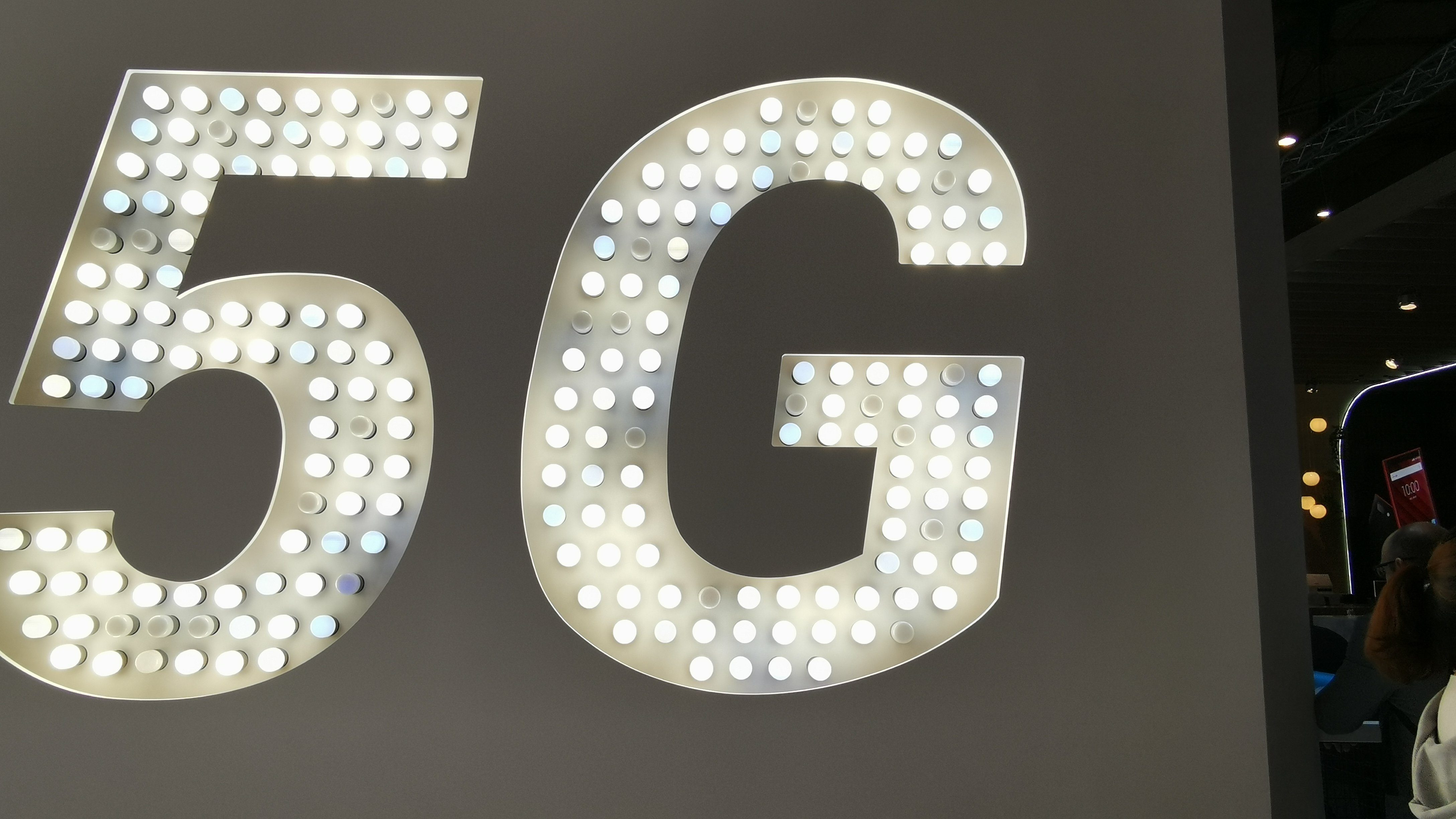 Counterpoint 5G Future