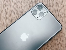 Apple Captured 59% of the Premium Smartphone Segment Revenue in Q1 2020