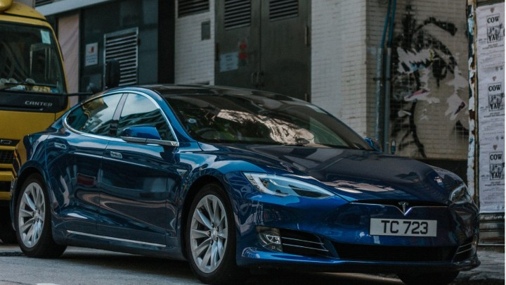 Counterpoint: Tesla competitive advantages in china market impact