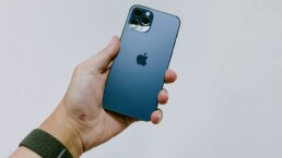 A Week of iPhone 12 Sales at US Carrier Stores