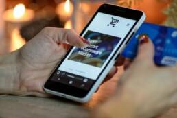 Smartphone E-commerce Market
